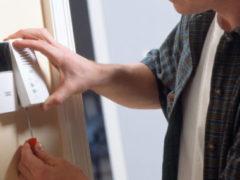 Как установить домофон в частном доме своими руками?